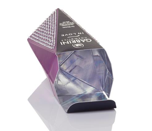 pefume box with holograph